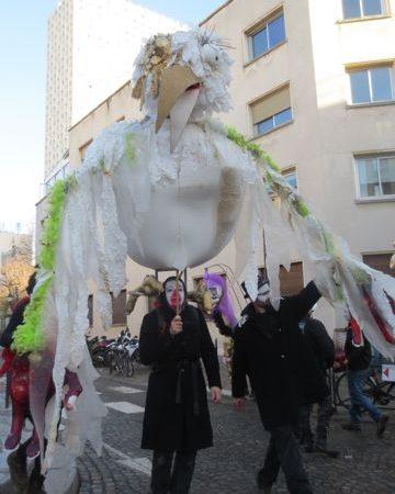 Carnaval de Paris : construisez une marionnette géante pour le défilé !